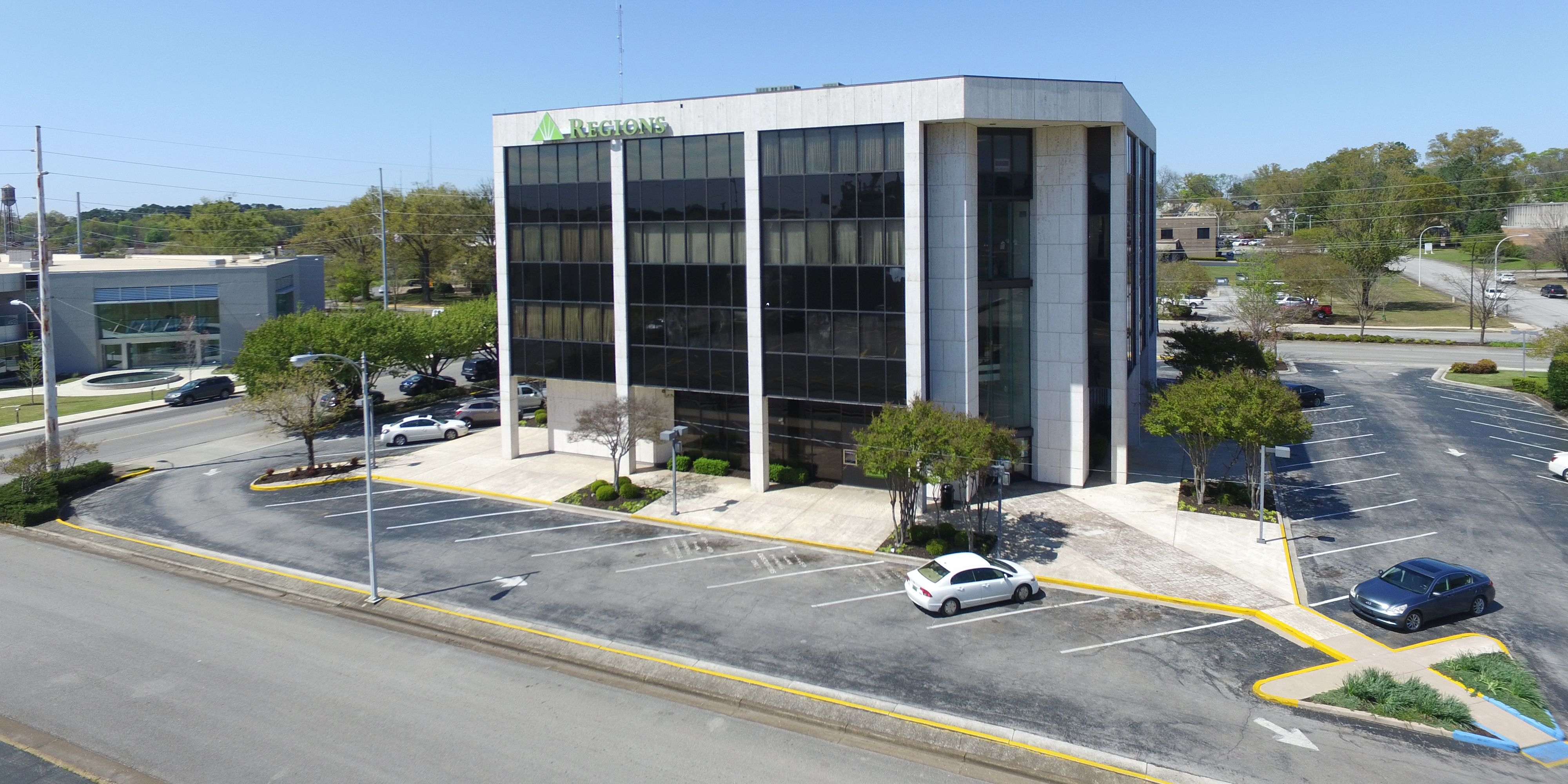 Regions Bank Cropped